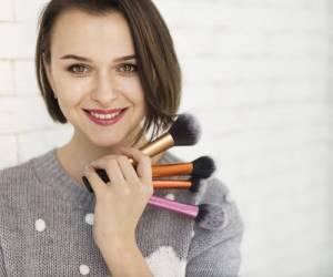 طریقه آرایش پوست چرب با تکنیک و ترفندهای مناسب