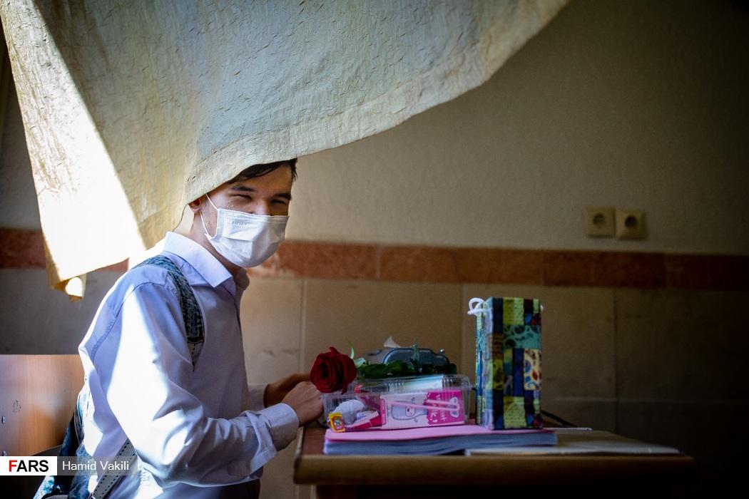 عکس/ آغاز سال تحصیلی ۱۴۰۰ در مدرسه نابینایان