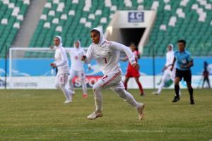 زنان فوتبالیست ایران گل کاشتند!