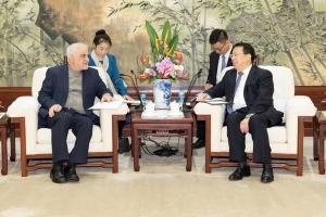 دیدار سفیر ایران در چین با شهردار شانگهای