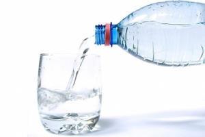 کرونا/ افراد مبتلا به کرونا آب فراوان بنوشند