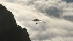 تجربه حیرت انگیز پرواز با کایت روی ابرها