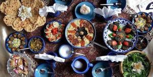 گردشگری غذایی در بروجرد؛ از طبخ «چزنک رغو» تا «آش شله ماش»