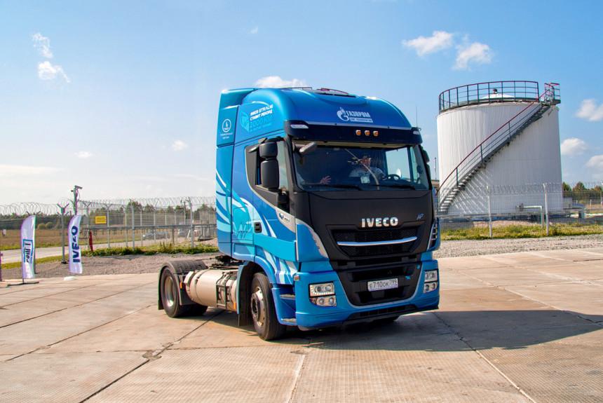 کامیون Iveco استرالیس گازسوز دو هزار کیلومتر را با یک باک طی کرد