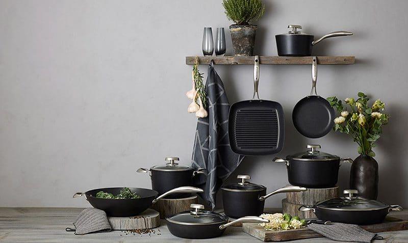 انواع تابه از نظر شکل و کاربرد در آشپزی