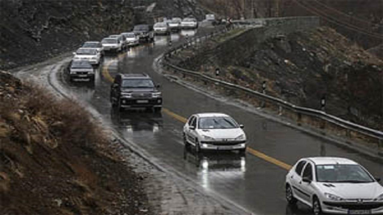 احتیاط؛ جادههای مازندران بارانی و لغزنده