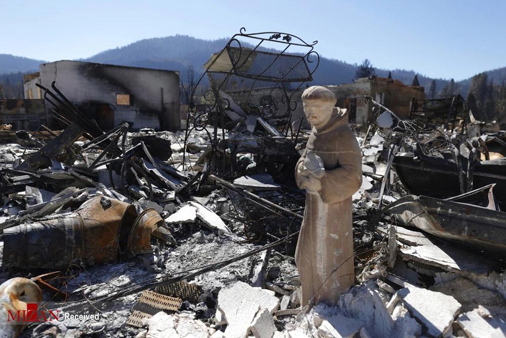 ویرانههای آتش سوزی دیکسی کالیفرنیا