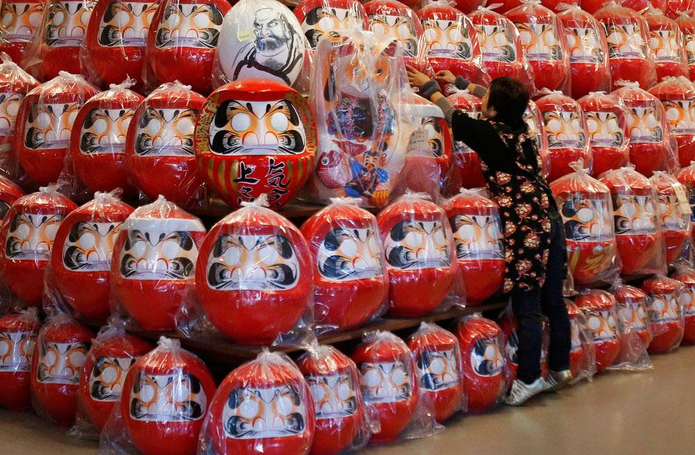 عروسک داروما؛ طلسم خوش شانسی ژاپنی ها