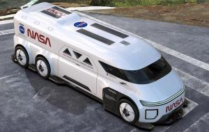 ناسا برای رساندن فضانوردان آرتمیس به سکوی پرتاب دنبال خودرویی جدید است
