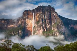 آشنایی با بلندترین آبشارهای جهان