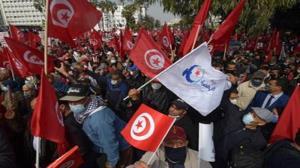 تظاهرات گسترده مخالفان علیه رئیس جمهور تونس