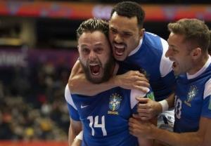 صعود دشوار برزیل و آرژانتین به جمع ۴ تیم پایانی/ «سوپرکلاسیکو» در نیمهنهایی