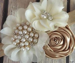 ایده درست کردن گل تزئینی مرواریدی برای لباس