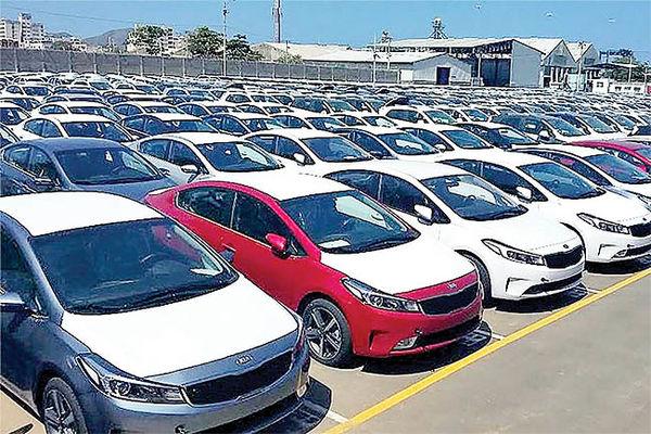 فقط خودروهای اقتصادی وارد کشور خواهند شد