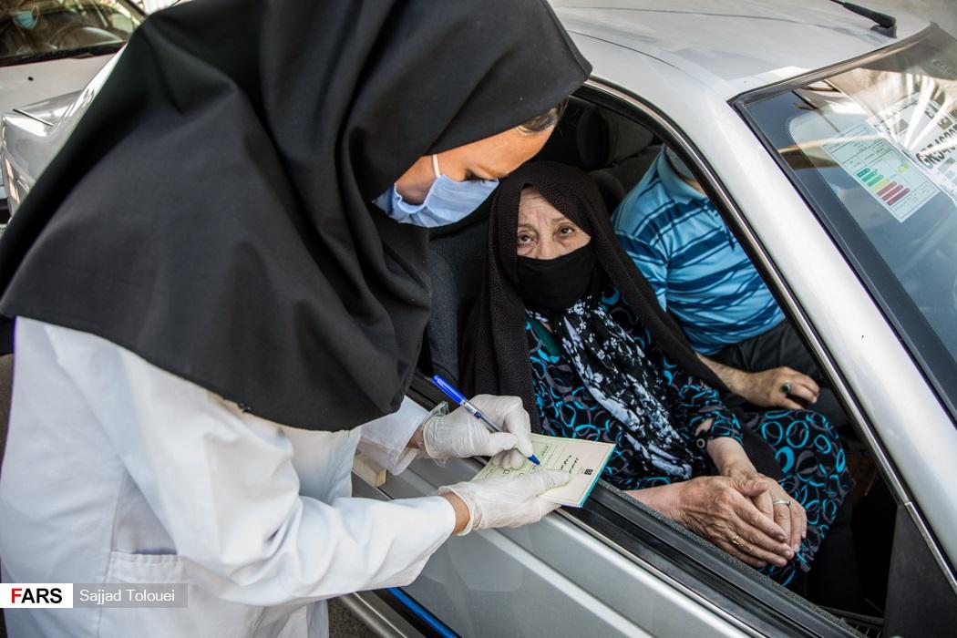 فعالیت پایگاههای واکسیناسیون خودرویی پلیس شبانهروزی شد