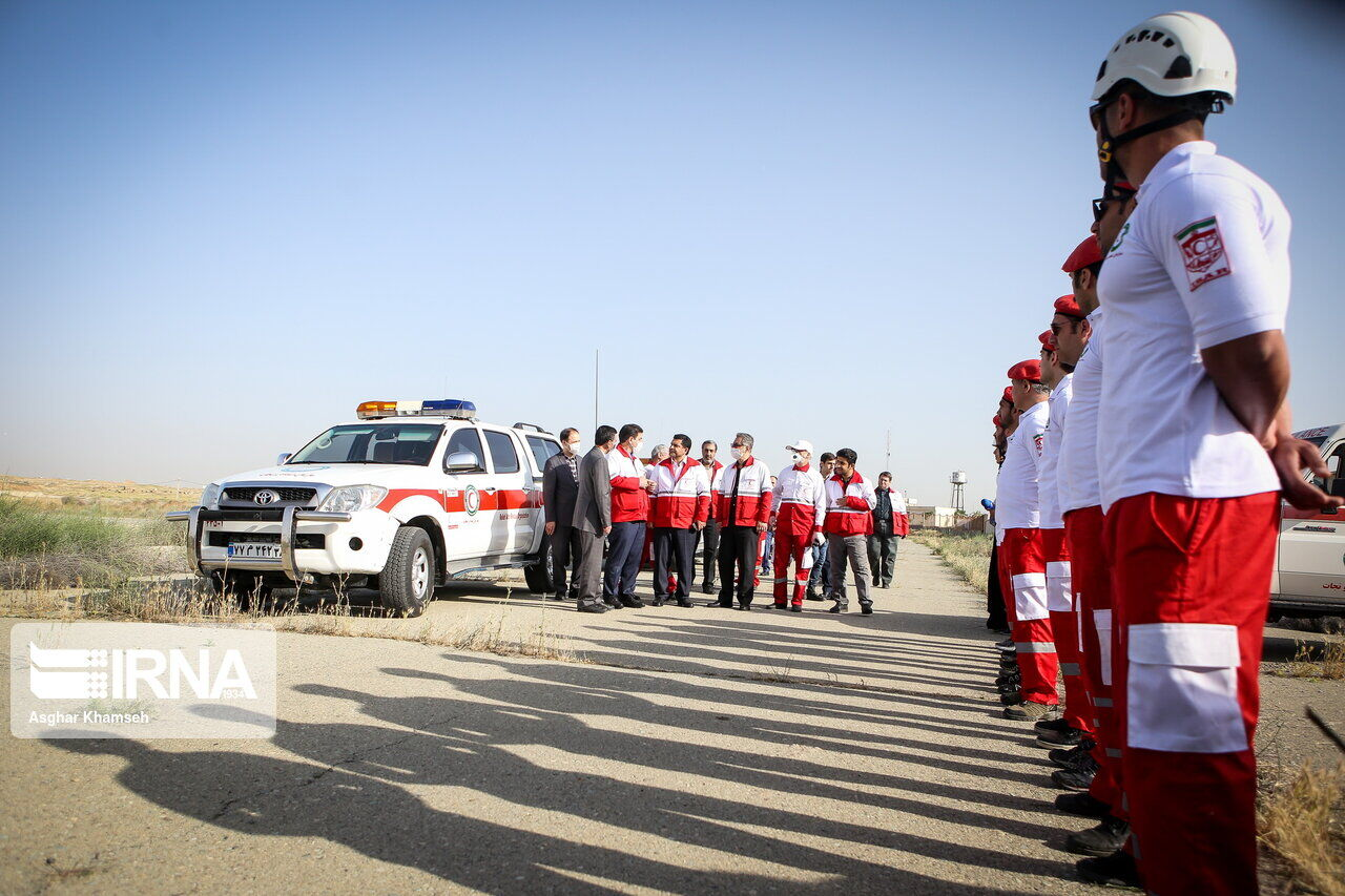 آماده باش ۴۱۰ نیروی هلال احمر در مهران برای خدمت رسانی به زائران