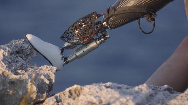مرکز تحقیقاتی جدید MIT میخواهد انسانها و ماشینها را بهم پیوند بزند!
