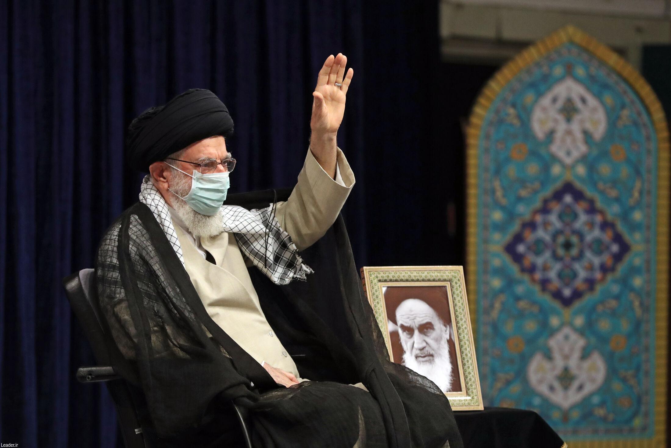 برگزاری مراسم عزاداری اربعین حسینی با حضور مقام معظم رهبری