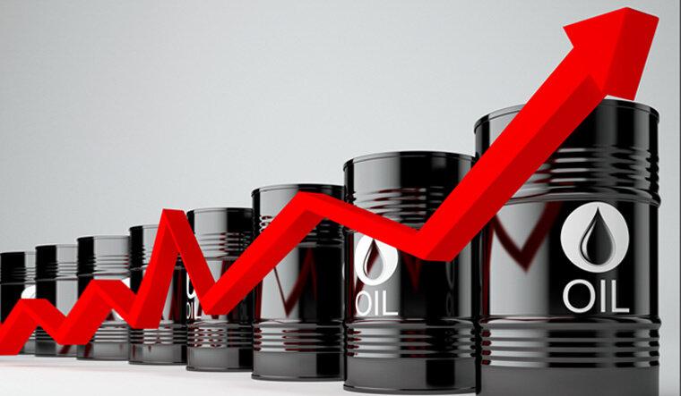 افزایش بی سابقه بهای طلای سیاه در بازار جهانی
