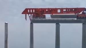 ساخت پلهای غول پیکر با ماشین آلات پیشرفته