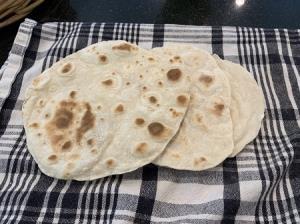 طرز تهیه نان چپاتی یا تابه ای؛ نان سنتی هندی