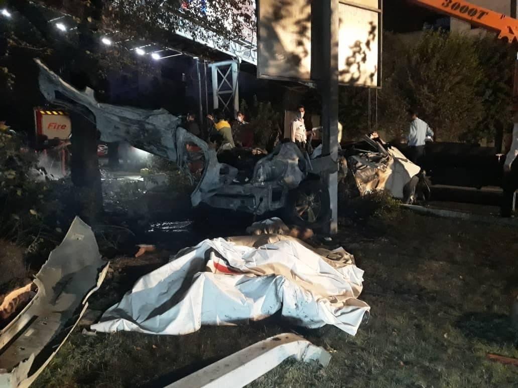 آتش سوزی خودرو شاسی بلند دو نفر را به کام مرگ کشاند
