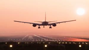 بازگشت زائران اربعین از طریق فرودگاه شهیدسلیمانی اهواز