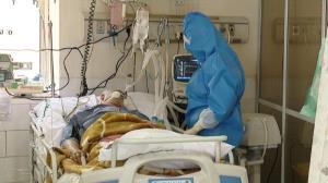 درمان بیش از ۳۰۰ بیمار مشکوک به کرونا در یزد