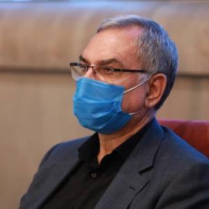 وزیر بهداشت: تا دو هفته آینده به واکسیناسیون ۷۰ درصدی خواهیم رسید