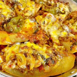طرز تهیه کدو شکم پر مخصوص با گوشت چرخ کرده و پنیر پیتزا