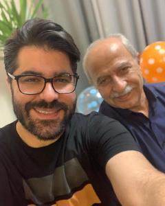 چهرهها/ سلفی حامد همایون با پدرش در روز تولدش