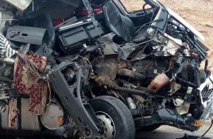 تصادف وحشتناک تریلی با اشتباه راننده!