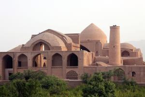 رییس اداره میراث فرهنگی: ۸۰ محوطه باستانی در اردستان نیازمند کاوش است
