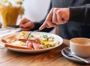 توصیه جدید محققان؛ صبح ها زود صبحانه بخورید تا دیابت نگیرید