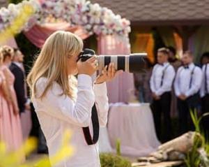 انتقام عجیب عکاس از عروس و داماد!