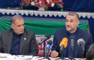 تهدید تلویحی وزیرخارجه ایران درباره مذاکرات هسته ای