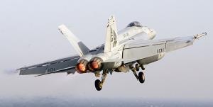 سقوط جنگنده «اف-18» نیروی دریایی آمریکا