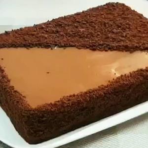 آموزش پخت کیک شکلاتی خوشمزه بدون فر