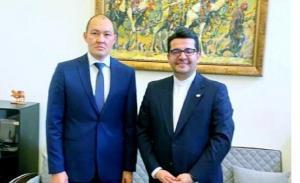 سفیر ایران در باکو با دبیرکل تراسیکا دیدار کرد