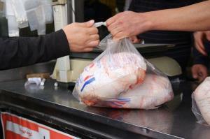 رشد ۶ درصدی جوجهریزی در مرغداریهای کرمانشاه