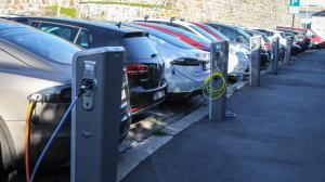 90 درصد خودروهای فروخته شده در نروژ برقی یا هیبریدی است