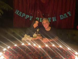 چهرهها/ ایرج نوذری در شب تولد دخترش دلناز