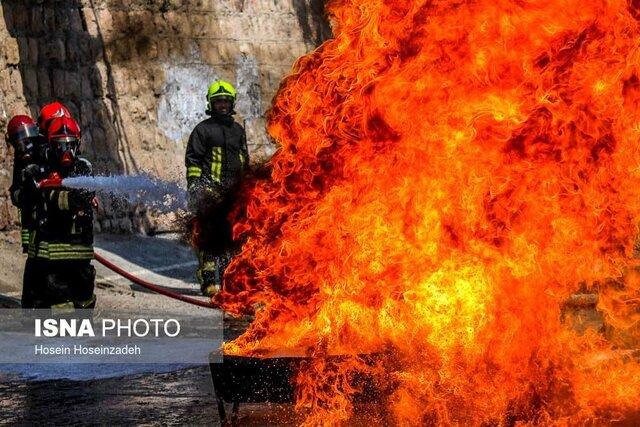مرکز استانی که نردبان بالابر آتشنشانی ندارد
