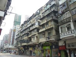 لحظه هولناک فروریختن داربست در خیابانهای هنگکنگ