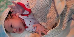 نجات جانِ مادر باردار با اورژانس هوایی