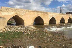 تخریب بخشی از پل تاریخی