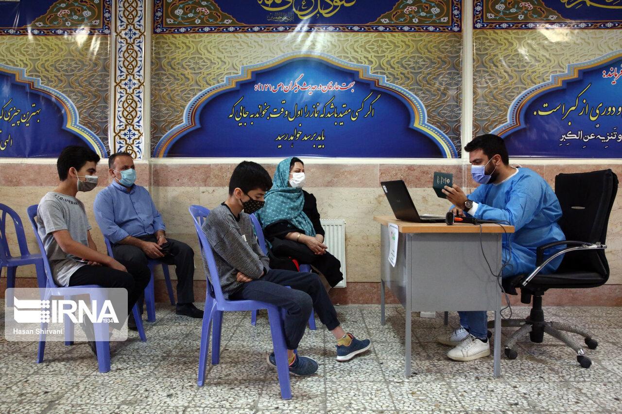 ۵۰ درصد دانش آموزان بوشهری علیه کرونا واکسینه شدند