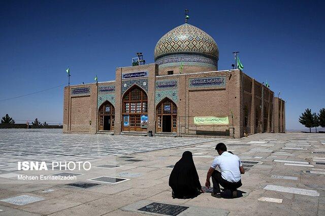 ۸۰۰۰ بقعه امامزاده در کشور وجود دارد