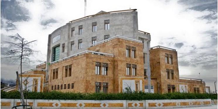 رئیس شورای شهر: شهرداری بوشهر ۱۵۰۰ کارمند اضافی دارد