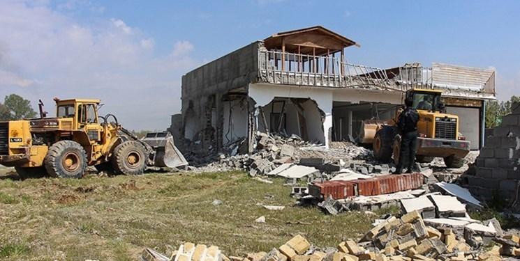 تخریب ویلاهای غیرمجاز در «کردان»